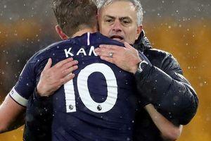 Tottenham thua thảm tân binh, Harry Kane yêu cầu được chuyển nhượng gấp