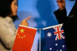 Trung Quốc 'hết đạn', bó tay trước át chủ bài của Úc?