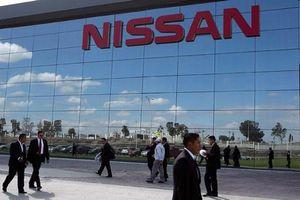 Nissan thu về 1,2 tỷ đô sau khi bán cổ phần cho Daimler