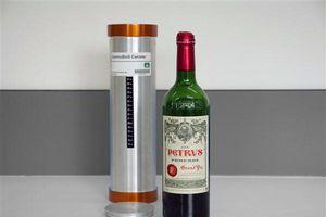 Rượu vang 'già' nhanh hơn ở không gian