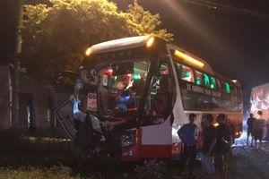 Đắk Lắk: Xe tải đối đầu xe khách, một người tử vong