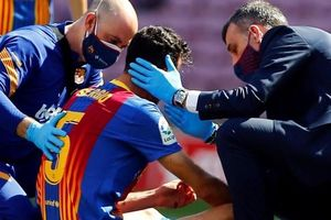 'Sao' Barca bị gãy xương hàm sau đại chiến