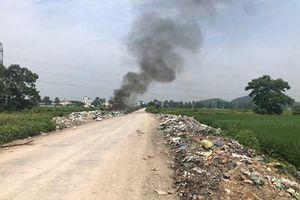 Đốt rác 'đầu độc' môi trường sống, người dân kêu cứu
