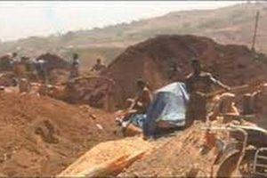 Guinea: Sập mỏ khai thác vàng, ít nhất 15 người thiệt mạng