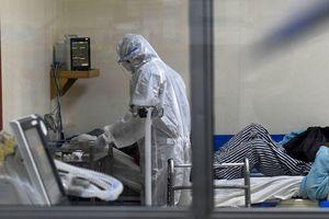 Châu Phi lo ngại sẽ rơi vào thảm kịch giống Ấn Độ khi nguồn cung vaccine cạn kiệt