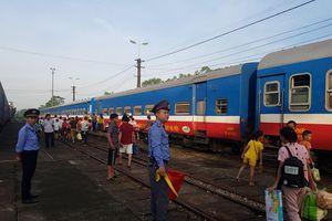 Đường sắt chỉ duy trì chạy 3 đôi tàu khách Thống nhất do dịch COVID-19