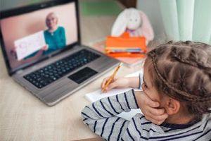 Cách bảo vệ thị lực cho trẻ khi học online