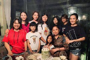 Nhóm nhóc tì đình đám Vbiz tụ họp, con gái Trương Ngọc Ánh tiếp tục gây sốt với ngoại hình nổi bật