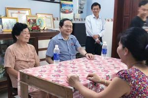 Phó Chủ tịch Thường trực Quốc hội Trần Thanh Mẫn thăm gia đình chính sách tại Hậu Giang