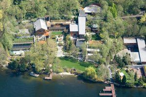 18 sự thật 'giật mình' về biệt thự ven hồ giá trăm triệu USD mà Bill Gates và vợ từng chung sống