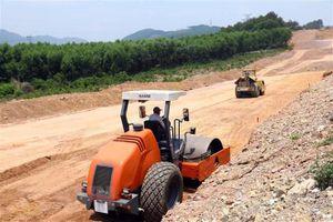 Giải quyết dứt điểm vướng mắc về nguồn vật liệu xây dựng đường cao tốc Bắc - Nam