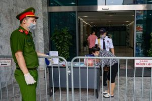 Cách ly y tế tòa nhà The Legacy (phường Nhân Chính, quận Thanh Xuân)