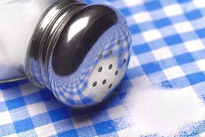 3 phương pháp ngăn chặn nạp muối quá mức vào cơ thể