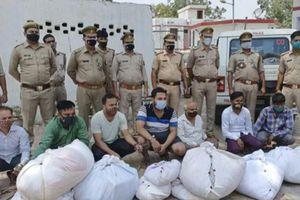 Ấn Độ bắt giữ 7 người ăn trộm quần áo tử thi ở lò hỏa táng
