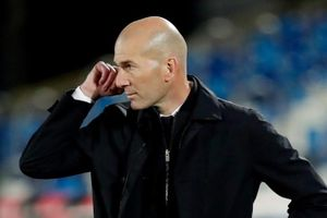 Real Madrid trước viễn cảnh trắng tay