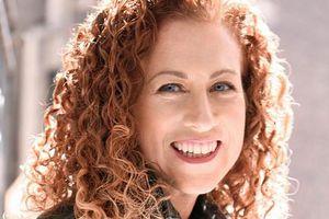 Jodi Picoult viết về sự kiên cường của con người trong đại dịch