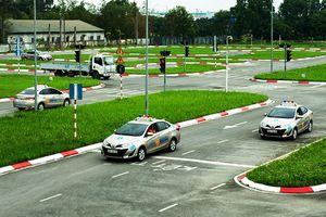 Dừng sát hạch lái xe tại Hà Nội để phòng, chống Covid-19