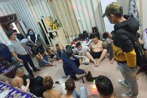 Bắt quả tang 27 nam, nữ thanh niên 'phê' ma túy trong khách sạn
