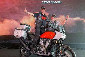 Dân chơi Việt chi gần 1 tỷ đồng 'tậu' Harley-Davidson Pan America