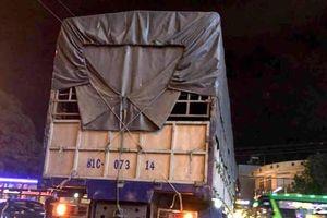 Bị cuốn vào gầm xe tải, người đàn ông tử vong tại chỗ