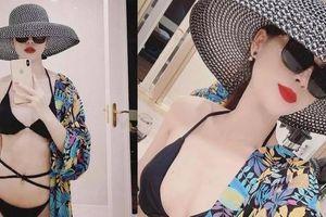 Minh HH trong 'Hướng dương ngược nắng' tung ảnh bikini khoe body gợi cảm