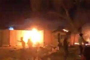 Lãnh sự quán Iran ở Iraq bị cháy sau biểu tình bạo loạn