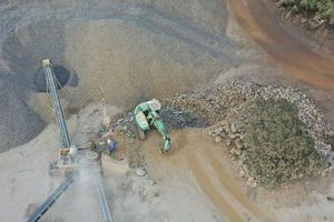 Gia Lai: Cận cảnh mỏ đá khổng lồ gây ô nhiễm môi trường
