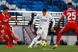 Hòa hú vía Sevilla trên sân nhà, Real lỡ cơ hội lên đỉnh La Liga