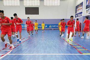Đội tuyển futsal Việt Nam đấu giao hữu với futsal Iraq