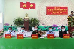 Những người ứng cử đại biểu Hội đồng nhân dân tỉnh tiếp xúc cử tri huyện Hồng Ngự