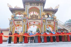 Thanh Hóa: Chùa Thông khánh thành cổng tam quan, tháp Phật, lầu Quan Âm