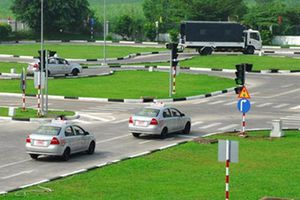 Tạm dừng tổ chức sát hạch lái xe ở Hà Nội do dịch Covid-19