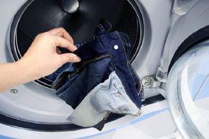 Bao nhiêu lâu nên giặt quần jean, khăn tắm... một lần?