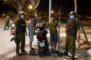 Đà Nẵng: Truy bắt 30 thanh niên mang dao đi hỗn chiến