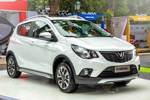 Tôi nên mua Hyundai Grand i10 hay VinFast Fadil để chạy dịch vụ?
