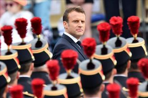 Pháp dậy sóng vì lá thư của 1.000 binh sĩ cảnh báo nội chiến