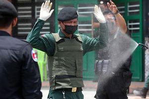 Hàng loạt cảnh sát ở Phnom Penh mắc Covid-19