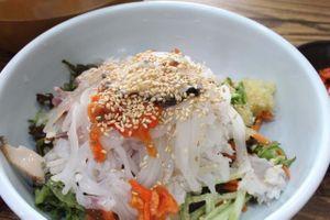 Cách làm gỏi cá sống kiểu Hàn mát lạnh cho ngày hè