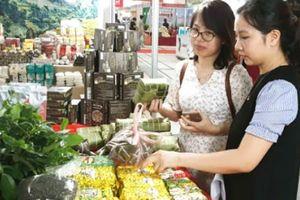 Huyện Mê Linh: Đa dạng hình thức vận động người dân tiêu thụ hàng Việt