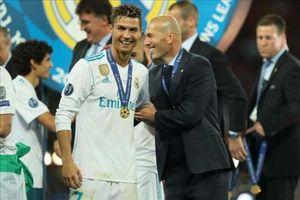 Rộ tin Zidane thay thế Pirlo dẫn dắt Juventus