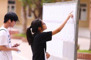 Trường THPT chuyên Khoa học Tự nhiên hoãn thi tuyển sinh vào lớp 10