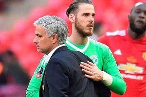 Mourinho với nhiệm vụ chấn hưng đế chế Roma