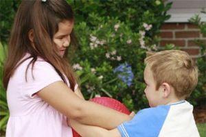 6 việc làm cực kì xấu ảnh hưởng trực tiếp đến con mà nhiều cha mẹ vẫn vô tư làm mỗi ngày