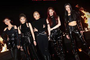 ITZY tiến thẳng vào BXH Billboard 200, dân mạng lại cà khịa JYP