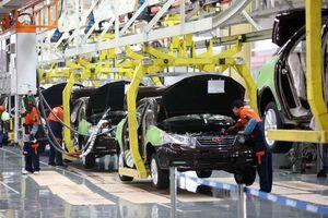 Giá ô tô sẽ tăng mạnh vì thiếu linh kiện sản xuất