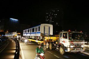 Suốt đêm đoàn 'xe khủng' mang các toa tàu metro đến với depot Long Bình
