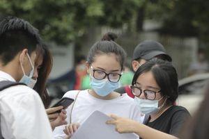 Trường THPT chuyên đầu tiên ở Hà Nội hoãn thi vào lớp 10