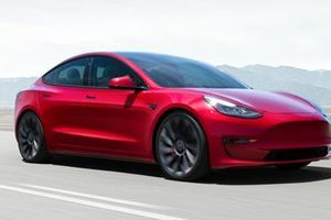 Tesla và bản 'hồ sơ Trung Quốc'