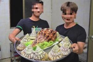 Vlogger Trung Quốc bị bắt vì ăn thịt ốc tù và khổng lồ