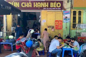 Hà Nội: Quán bia hơi 'cửa đóng then cài', hàng ăn vẫn chưa đủ giãn cách